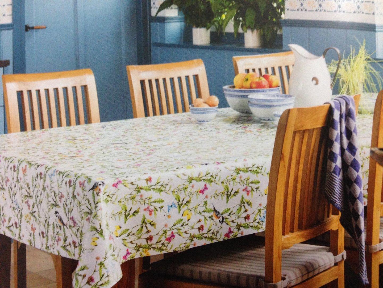 wachstuch tischdecke meterware modern k150058. Black Bedroom Furniture Sets. Home Design Ideas